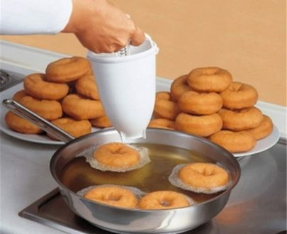 0646 Mini Donut Maker Dispenser - Plastic Vada/Meduwada Maker - DeoDap