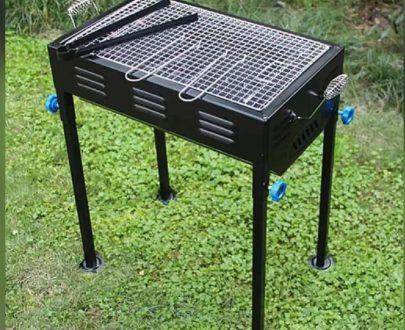 2105 Terrace Garden Picnic Barbecue with Skewers & Wooden Handle - DeoDap