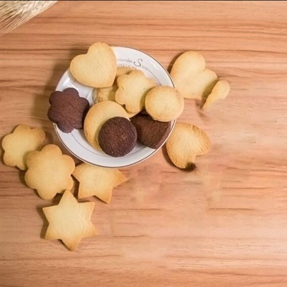 0827 Cookie Cutter Stainless Steel Cookie Cutter with Shape Heart Round Star and Flower (4 Pieces) - DeoDap