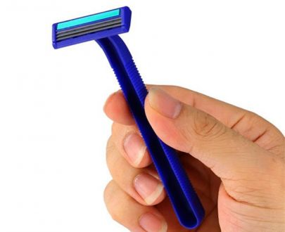 1304 Double Edge Shaving Razor Blade (Pack of 2) - DeoDap